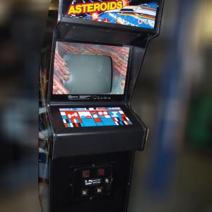 asteroids_arcade_game
