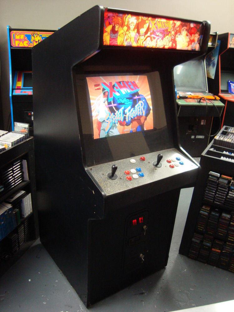 Amazoncom Mini X Men 6 Player Arcade Cabinet Collectible Display